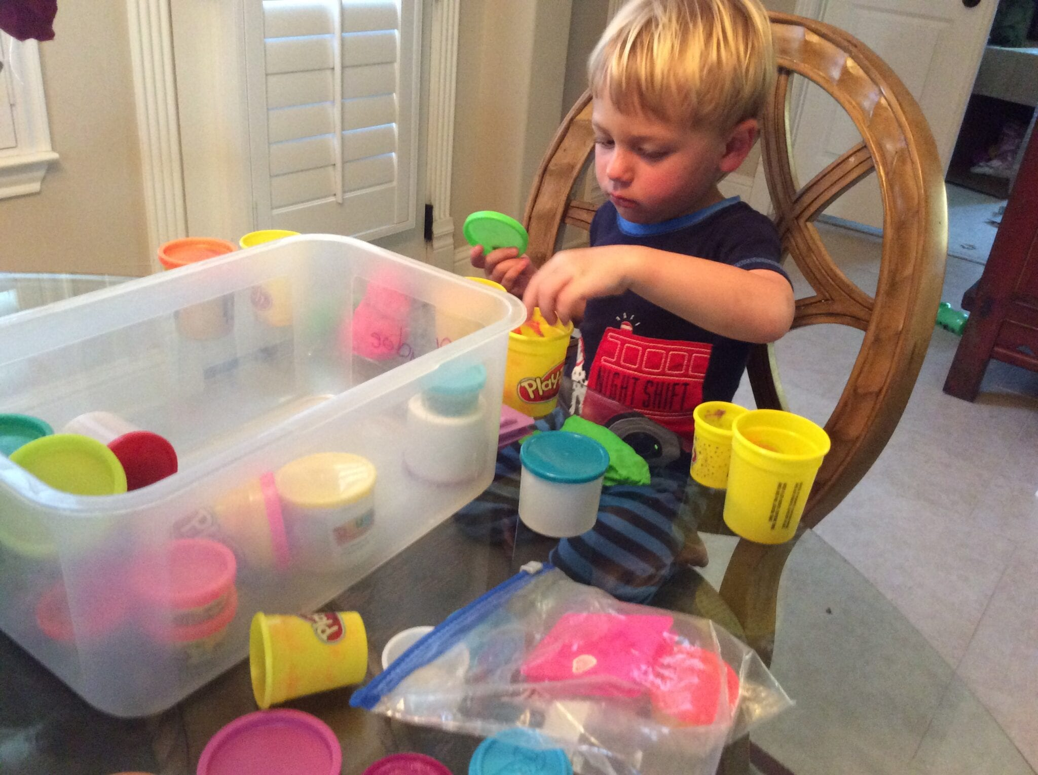 Parenting: How I Keep My Young Kids Busy So I Can Get Stuff Done